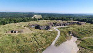 Luftbild des Forts Douaumont aus dem Jahre 2018
