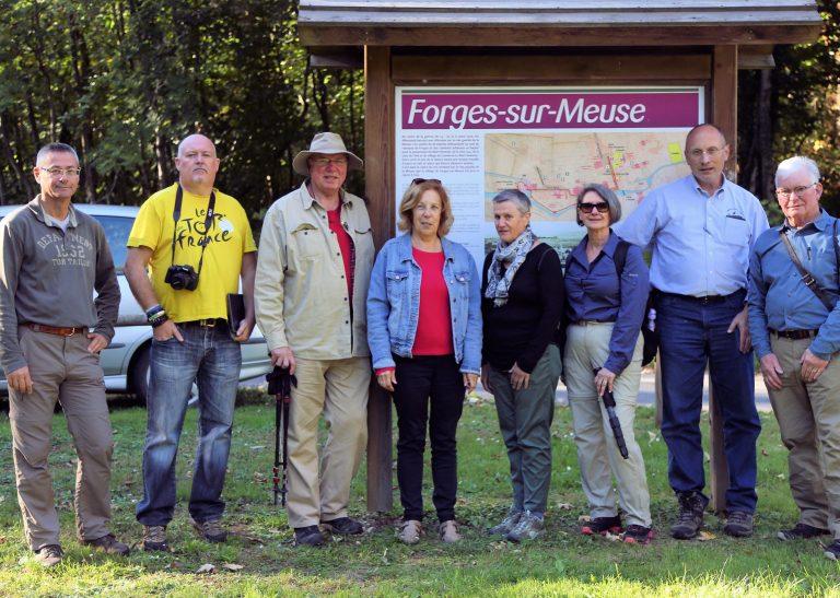Gruppenbild mit der Bürgermeisterin von Forges Madame Françoise Tessier (4. v.l.)