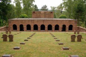 Deutscher Soldatenfriedhof Montaigu 1