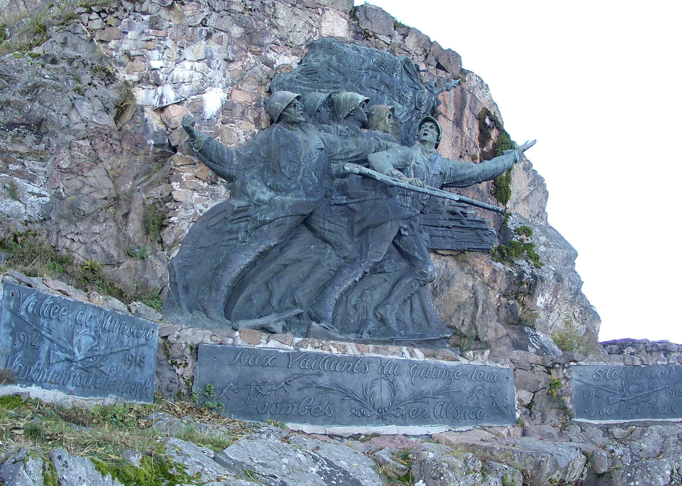 """Denkmal des französischen Infanterie-Regiments 152, den """"Diables Rouges"""""""