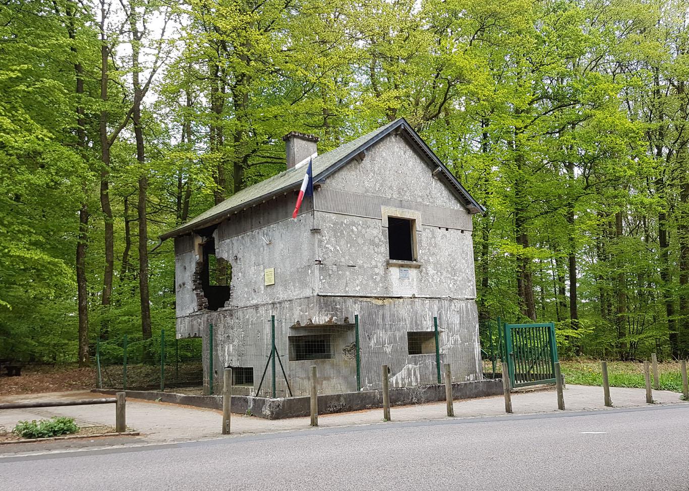 Maison Forte bei St.-Menges