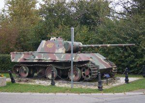 Panther in der Ortschaft Grandmenil